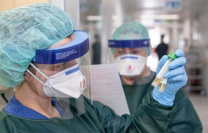 """الصحة العالمية: ثلثا سكان الأرض مهددون بـ""""كورونا"""""""
