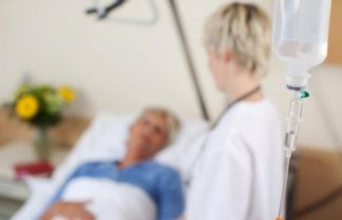 هرمون الميلاتونين يعزز فرص البقاء على قيد الحياة بين بعض مرضى COVID-19