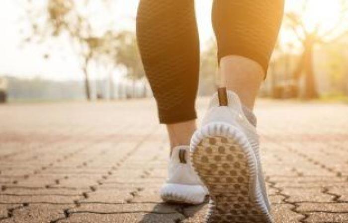 كم عدد الخطوات المناسبة للمشى يوميًا لفقدان الوزن؟