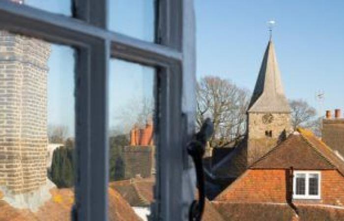 حملة لتشجيع البريطانيين على تهوية المنازل وفتح النوافذ لتقليل انتشار كورونا