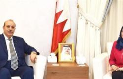 هل سيلتزم سفير فلسطين في البحرين بقرار السلطه؟؟!!